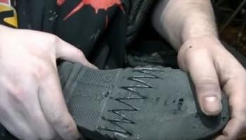 Лопнула подошва на обуви, как ее восстановить в домашних условиях: заклеить, приклеить убрать трещину